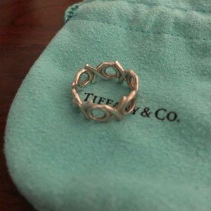 tiffany&co XO silver paloma picasso ring